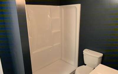 bath tub toilet install